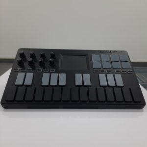 <span>KORG</span>CONTROLADOR MIDI KORG NANOKEY-ST