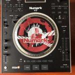 <span>NUMARK</span>CONTROLADOR DJ NUMARK V7